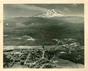 arial of Eatonville at the time of building the airport