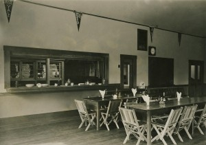 High School Cafeteria, 1915