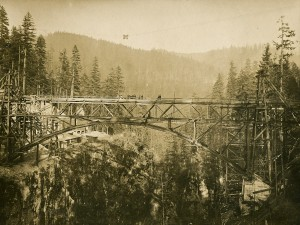 East end of LaGrande aqueduct, La Grande, WA 1915
