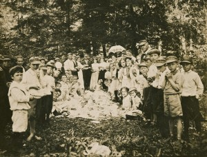 Methodist Church picnic, 1911
