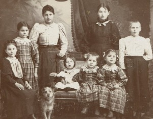 Fiander Daughters in 1899. Clara is the one on the left of the two tallest girls.