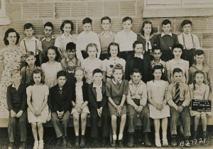 Miss Douglas's 4th and 5th grade class, 1945