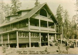 Lake View Hotel - on the road to Mount Rainier