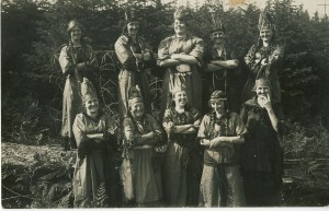 Eatonville women dressed as Native Americans
