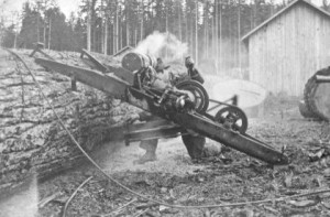 Drag saw in operation
