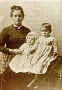 Catherine Dean Fiander, wife of Robert Fiander, with daughters Clara & Emma 1883