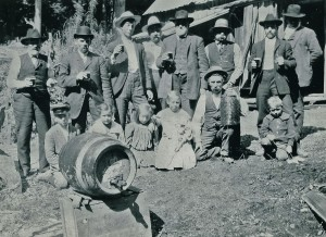 Boettchers and Lutkens share a beer.