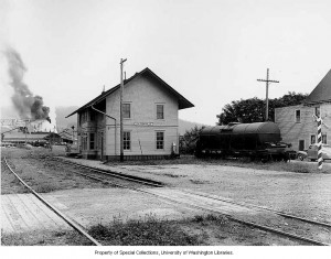 Eatonville Train Depot (ca. 1942)