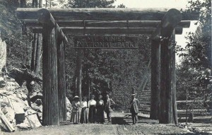 Mt. Rainier visitors (early 1900s)