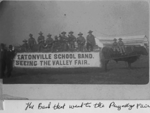 Eatonville School band at valley fair