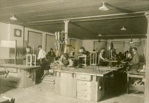Shop class at Eatonville in 1915