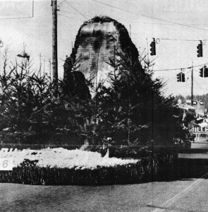 Eatonville Daffodil Float 1972 (Dispatch Photo)