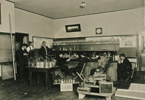 Eatonville Ag Class (ca. 1915)