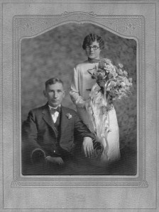Elmer & Minnie Suderburg, Alder, December 24, 1926