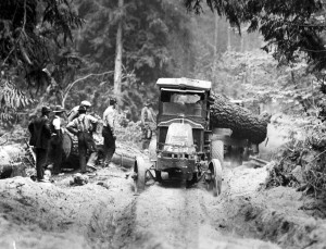 Griffith & Graeber logging truck (ca. 1920)